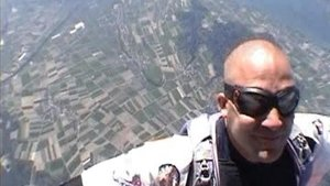 Parachutiste de l'extrême en images